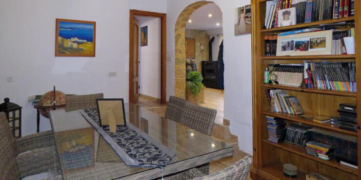 Spacious, 4 Bedroom House for Sale in El Toro