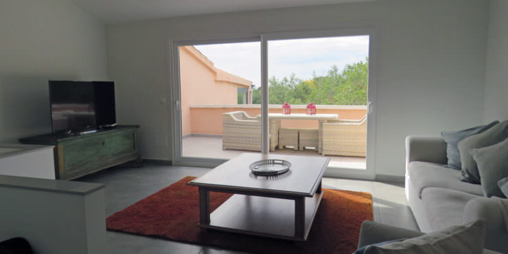 Modern 3 Bedroom Duplex for Rent in Costa d'en Blanes