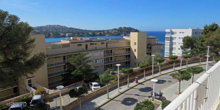 Two Bedroom Apartment with Sea Views for Rent in Santa Ponsa