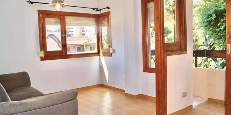 Semi-furnished 1 bedroom apartment for rent in Son Caliu