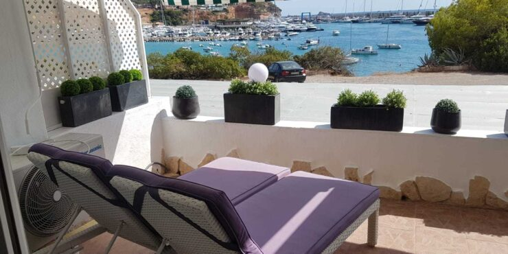 Modern 2 bedroom apartment for sale in Port Adriano