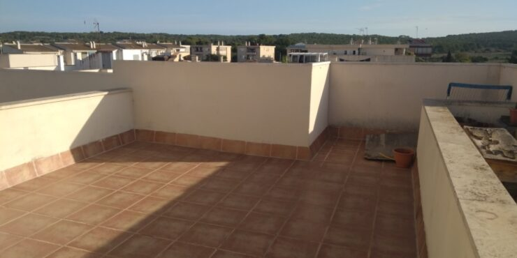 Large 3 bedroom apartment for rent in Son Ferrer
