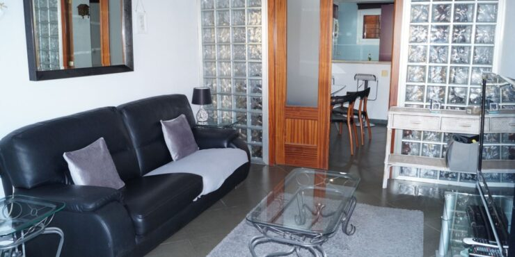 Spacious, well-maintained apartment for sale in El Toro