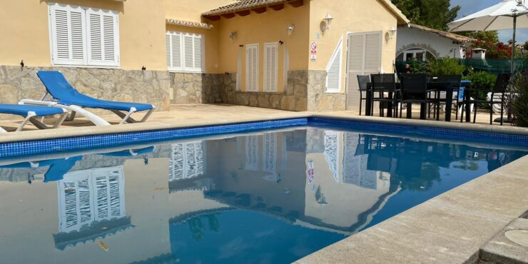 Gorgeous villa for rent in Alcudia