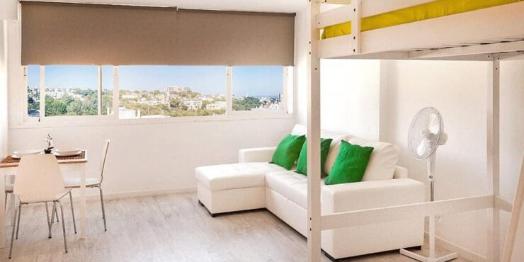 Fully reformed studio apartment for sale in Cala Major