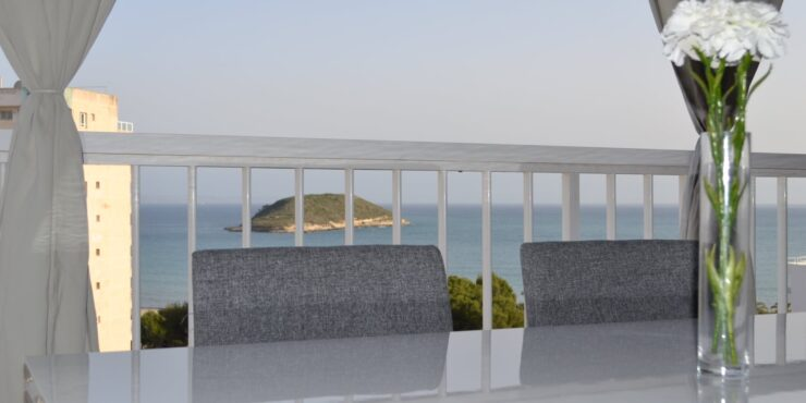 Reformed, spacious apartment for rent in Magaluf
