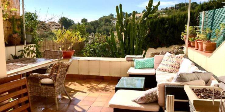 Stunning, modern duplex for rent in Cas Catala