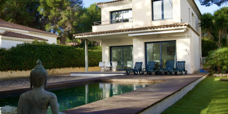 Stunning villa for rent in El Toro