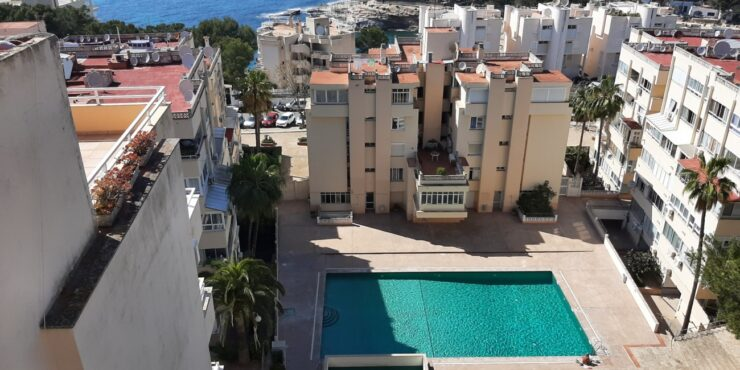 Superb newly renovated 2 bedroom, 2 bathroom apartment in well maintained community with pool & gardens
