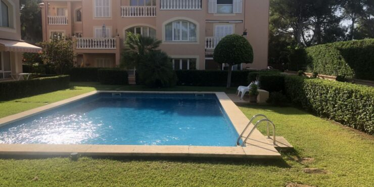 Bright and modern ground floor apartment for sale in Santa Ponsa