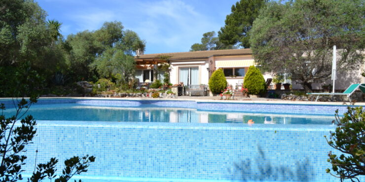 Stunning 4 Bedroom Villa in the Sought after area of Son Font
